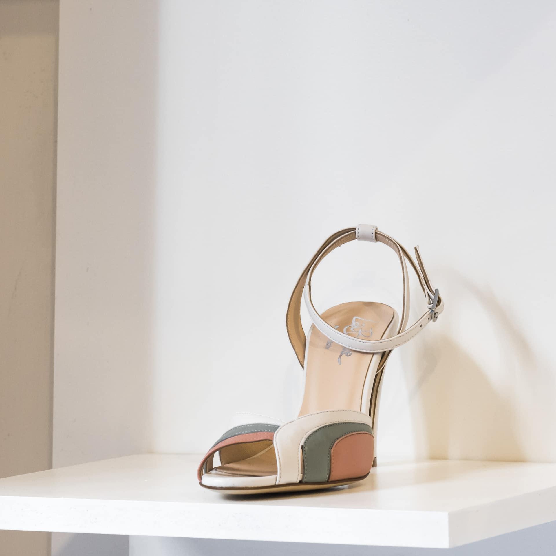 La Belle Shoes sandalo alto anni '80 (1)